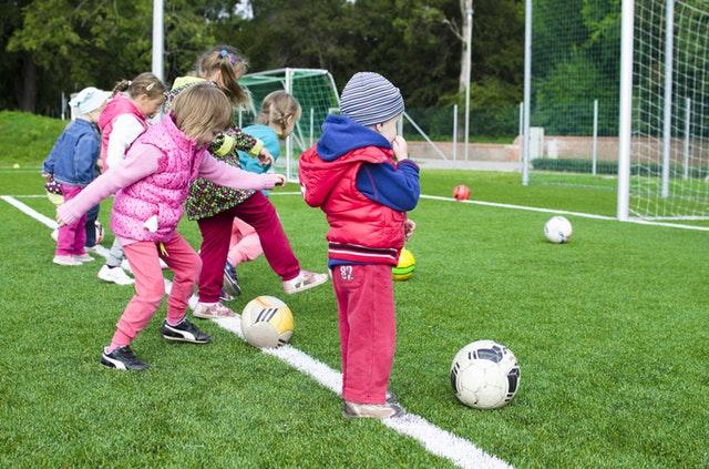 Gry i zabawy ruchowe dla dzieci